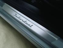 Dorpellijsten voor, met 'Individual'-logo
