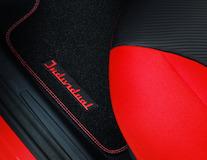 Rohože, prémium velúrové predné, čierna s červenými švami