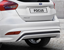 Zadní RS nárazník s vloženým vysoce lesklým černým difuzorem