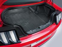 Bac de coffre antidérapant pour les véhicules sans subwoofer monté d'origine