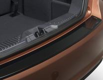 """ClimAir®* Ochranná lišta prahu zavazadlového prostoru tvarovaná lišta v leskle černé barvě """"Gloss Black"""""""