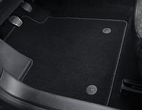 Podlahové koberce, standardní přední sada v černé barvě