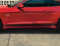 Ford Performance Tri-Bar zijstrepen met Mustang opschrift, glanzend zwart