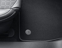 Velour Floor Mats front, Vignale design, with Metal Grey stitching