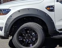 EGR* Накладки на колісні арки Передні та задні. Чорні матові з хромованими болтами